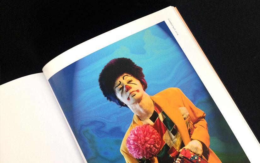 Opslag fra Cindy Sherman katalog